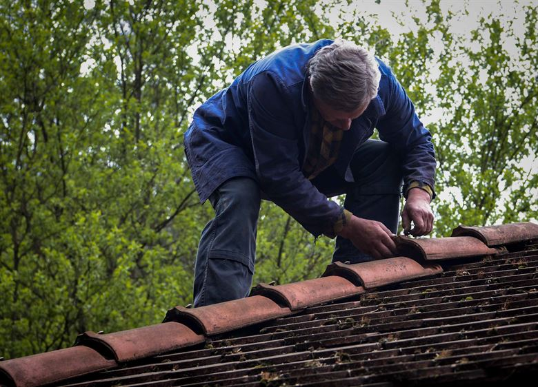 Why You Shouldn't DIY Roof Replacement or Repairs